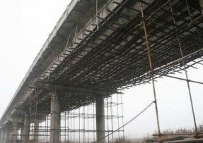 公路桥梁碰坏时怎样开展结构加固?